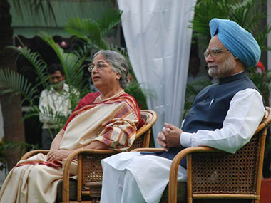 Former PM Manmohan Singh and his wife Gursharan. IBNLive