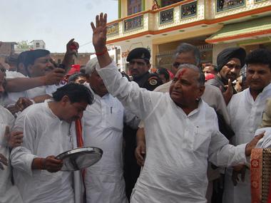 SP chief Mulayam Singh Yadav before filing his nomination for the Lok Sabha polls in Mainpuri. Reuters.