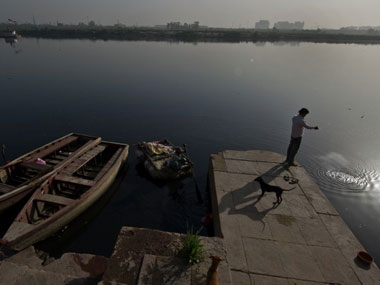 Experts give Modi's Sabarmati plan for Yamuna a thumbs down