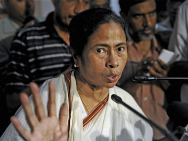 In her first foreign trip Mamata to visit Singapore from 17 August