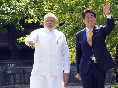 Modi arrives in Tokyo for summit talks with Japan PM Shinzo Abe