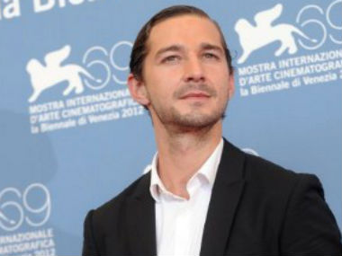 Shia LaBeouf cuts own face with knife for Fury