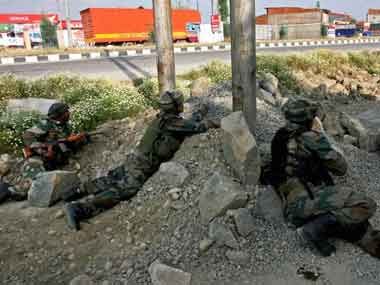 Four Indian Army personnel injured in Jammu and Kashmirs Poonch after Pakistan violates ceasefire along LoC