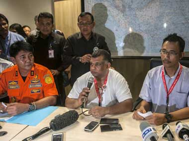 AirAsia Live Both black boxes found one still stuck under heavy wreckage