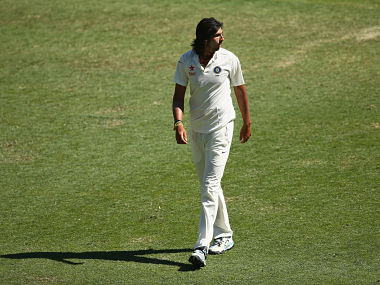 These are scenes that you don't want to see: Gavaskar on Ishant-Prasad spat