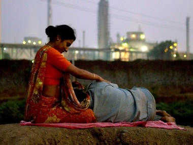 Bhopal A Prayer for Rain review Melodramatic and a flawed projection of the gas tragedy