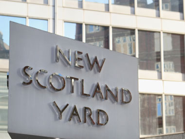Scotland Yard hires first bigender police officer issues two identity cards
