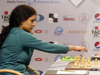 Cairns Cup Chess Koneru Humpy returns to winning ways against Nana Dzagnidze Harika Dronavalli suffers defeat