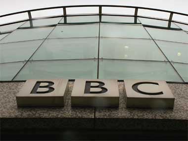BBC to expand shortwave radio news coverage in Kashmir to mitigate communication blackout imposed by Centre