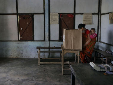 16% polling in Bengal civic polls in first two hours; 1 dead in clashes