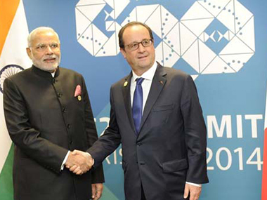 Down by the riverside Modi Hollande to talk diplomacy on Seine