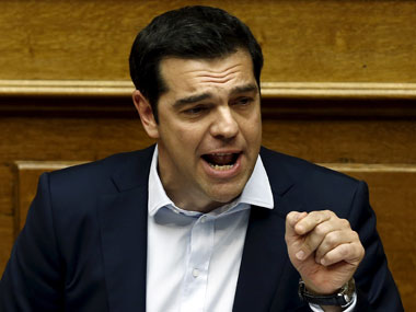 Greece referendum: PM Tsipras steadfast on 'no' vote as EU makes last-minute offer