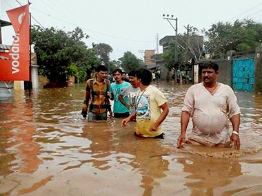 Gujarat floods: Narendra Modi to take aerial survey of affected areas as heavy rains displaces 7,000