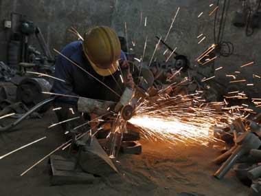 August factory output growth slips, raises hope for a RBI rate cut