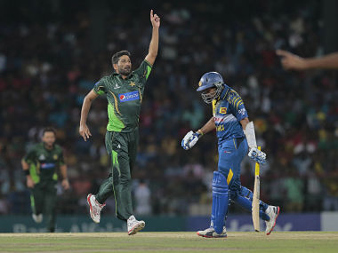 Pakistan clinch a thriller to win T20I series; complete near-perfect tour of Sri Lanka