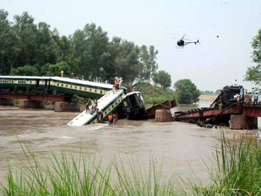 Senior Pakistan Army officers among 17 killed in train accident, sabotage suspected