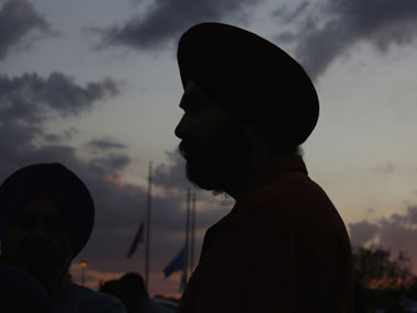 Singapore Prime Minister Lee pays tribute to Sikh community