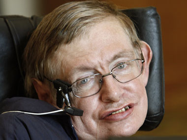 Stephen Hawking warns of AI replacing humans as the dominant species on Earth