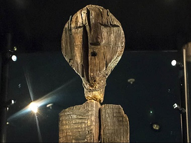 Wooden 'Big Shigir Idol' statue believed to be twice as old as Egyptian pyramids