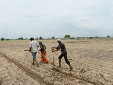 Tutorial from Tamil Nadu for states to get around land acquisition