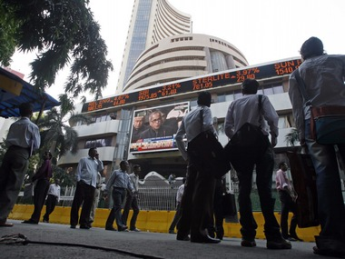 Early consolidation: Sensex soars nearly 300 pts on short-covering, US markets recovery