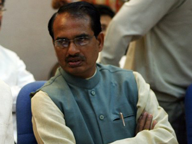 MP CM Chouhan assures spport to farmers, declares 82 districts drought-hit