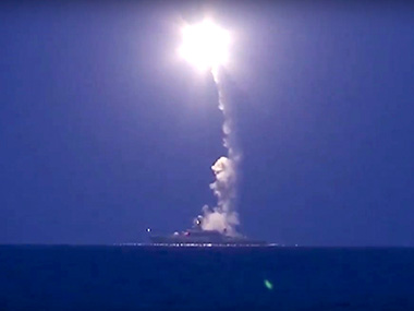 Boom! Russian warships fire cruise missiles on IS targets in Syria