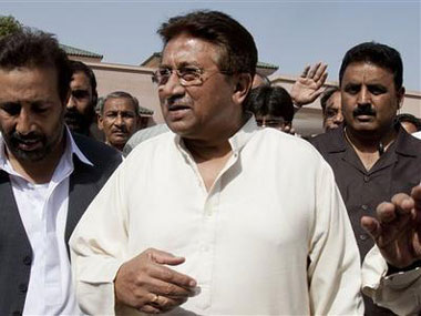 Benazir Bhutto's daughters call Pervez Musharraf 'murderer', tell him to face courts