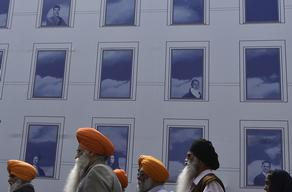 Sikhs in Britain can now wear turbans at workplaces