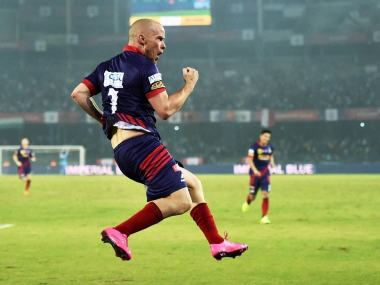 ISL 2015: Atletico de Kolkata ride hat-trick hero Hume to sink Pune 4-1, storm into semis