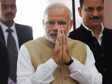 Modi walks the extra mile to mend fences with Congress; invokes Nehru, past prime
