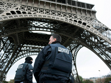 Qui est Zouheir Mystery surrounds the Muslim guard who prevented terrorists from entering Paris Stade de France