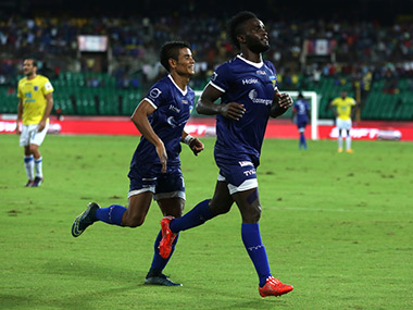 ISL 2015 Chennaiyin FC down Mumbai City FC 30 inch closer to semifinals