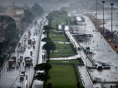 Chennai submerged 3500 stranded at airport as worst flood in 40 years shows no signs of abating