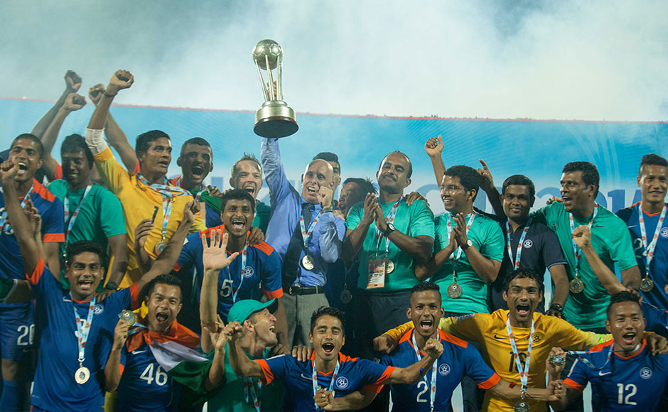 Two late goals from Chhetri and Jeje help India sink Afghanistan and win SAFF Cup 2015