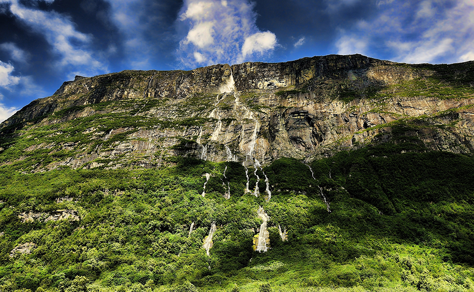 The tallest waterfall in all of Europe is at the same time one of the most impressive ones anywhere in the world. The melt waters of the Vinnu Glacier rush through a crevice high up on a cliff and then plunge 865 metres downward. The highest stage is 730 metres, where the water crashes onto rocks and branches out to create a curtain of water up to 152 metres wide. Vinnufallet is easily reachable, and located near the town of Sunndalsora, some 400 kilometres north of the capital Oslo. Motorists can see the waterfall while driving the RV 70 highway along the Sunndal valley. Source - DPA.