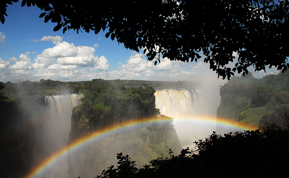 From a 1,700-metre-wide ledge, the Zambesi River plunges 108 metres down into a gorge. Measured by height and width, it creates the world's largest curtain of water. A circular trail leads past the falls to the other side of the gorge. But, your attention please: The mists are as dense as a shower, so expect to get wet, and keep your cameras safely tucked away as you walk. In Livingstone (Zambia) and Victoria Falls (Zimbabwe), there are good, and in some cases expensive, accomodations. Source - DPA.