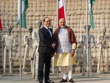French president Hollande with PM Modi. Image courtesy: PIB