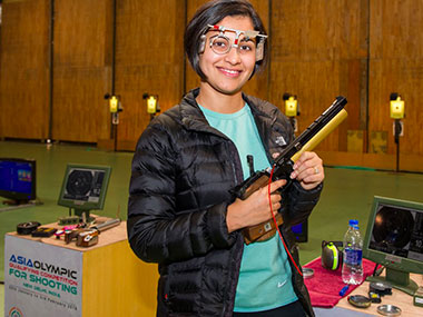 Heena Sindhu. Image courtesy: Twitter/@ISSF_Shooting