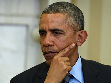 Obama makes an emotional appeal for gun control, Republicans blast him/ AP