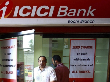ICICI Banks consolidated Q1 PAT drops 22 to Rs 2516 cr on rising bad loans