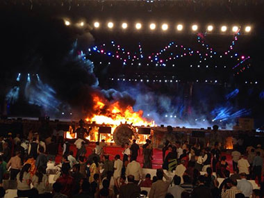 Fire at 'Make in India' event in Mumbai. CNN IBN