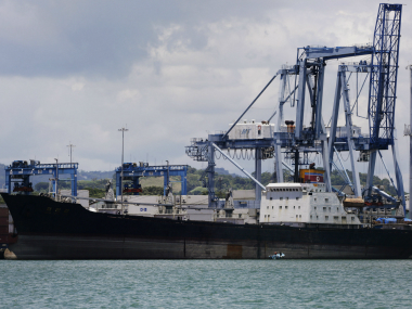 South Korea navy fires warning shots at N Korean patrol boat