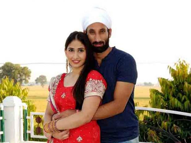 File picture of Sardar Singh and Ashpal Kaur Bhogal - ibnlive