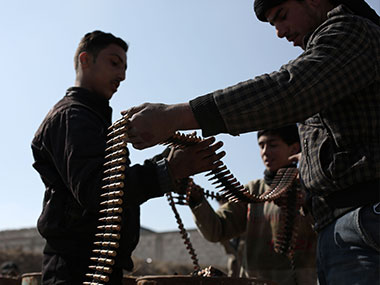 Gunfire and landmines kill 76 pro-regime fighters near Damascus, Syrian rebels behind