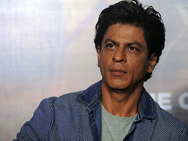 VHP workers hurl stones at Shah Rukh Khan's car in Ahmedabad