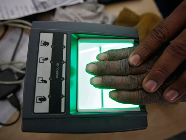 Govt to roll out Aadhaar Pay for cashless transactions