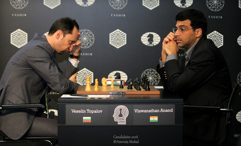 Viswanathan Anand (right) during his 51-move draw against Bulgaria's Veselin Topalov at the Central Telegraph Building in Moscow on Sunday. Amruta Mokal