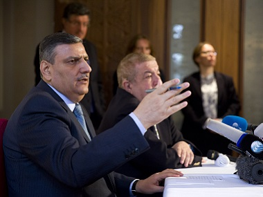 Riad Hijab (L), chief coordinator of the Syrian opposition High Negotiations Committee (HNC). AFP