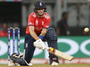 England vs Pakistan: Joe Root champions gutsy innings despite on-field collision
